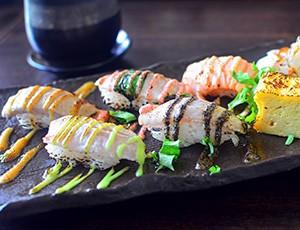 delicious_sushi-wallpaper-1280x800m